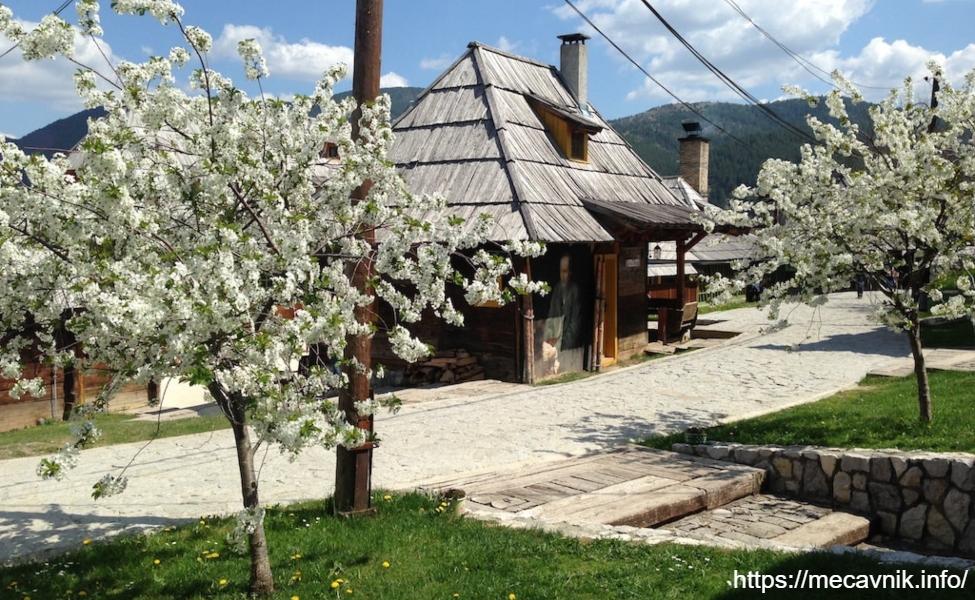 Etno selo Drvengrad