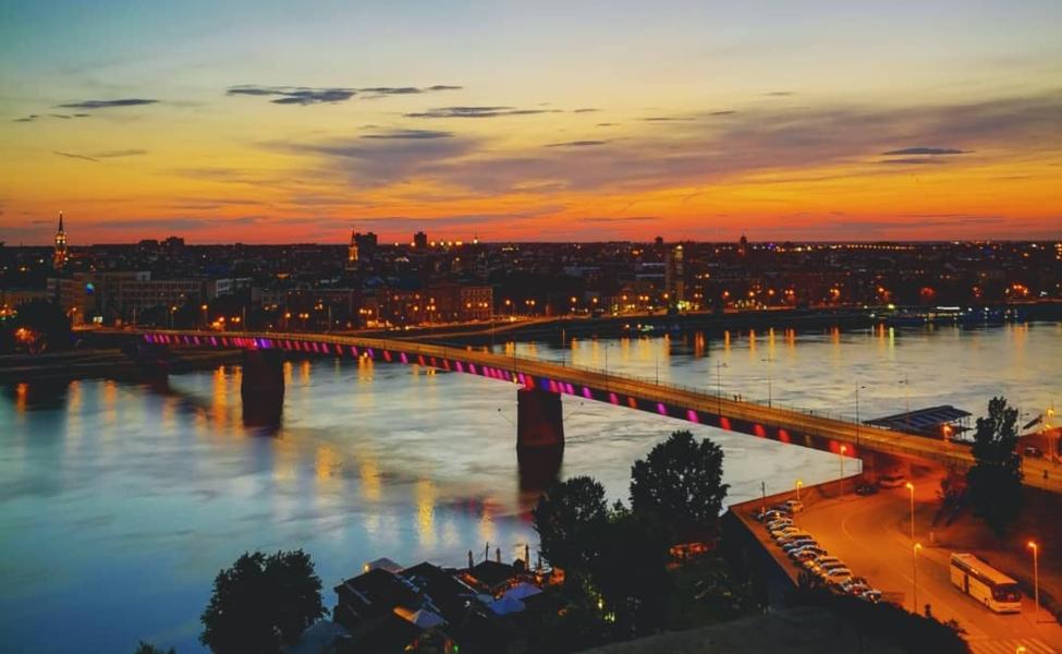Pogled na Novi Sad sa Petrovaradina