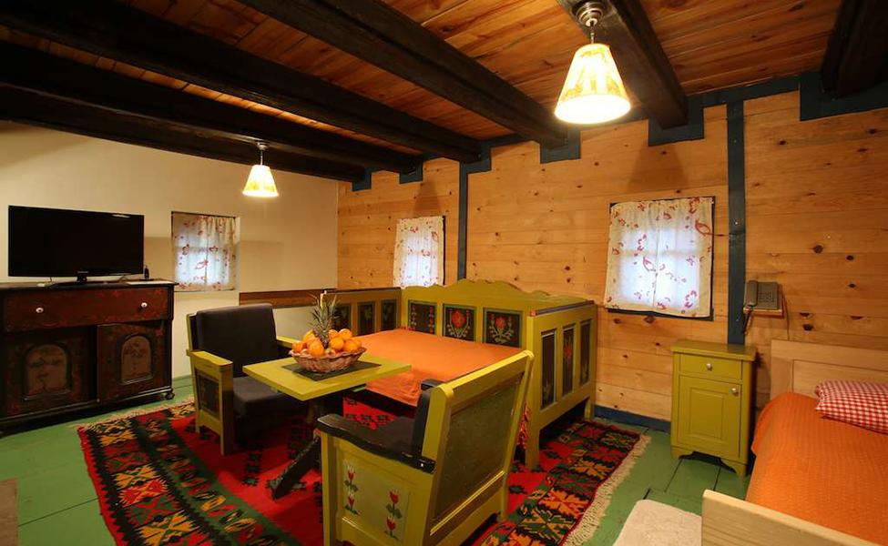 Drvengrad - tradicionalni i autentični smeštaj