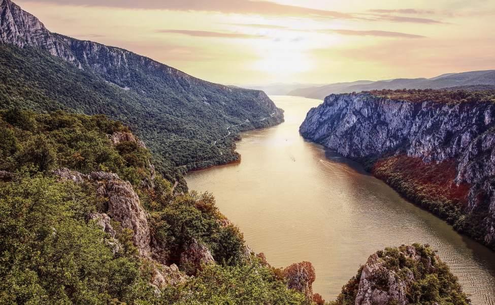Dunav protiče kroz takozvanu Gvozdenu kapiju