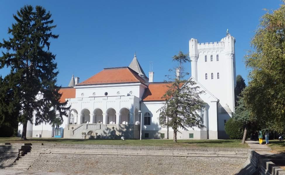 Prelepi dvorac porodice Dunđerski
