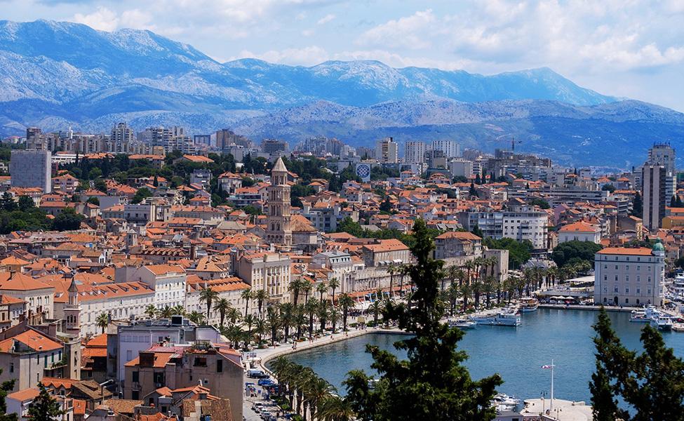 Split town
