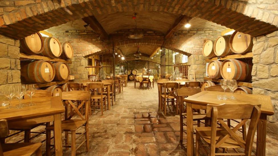 Restoran i vinski podrum vinarije Škrbić