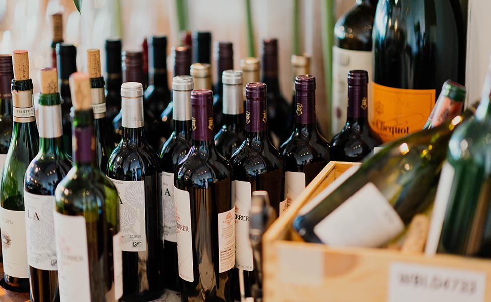 Vinske boce u vinarijama