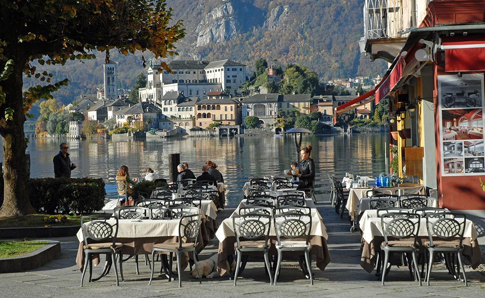 Restaurant in the lake Orta in Italy