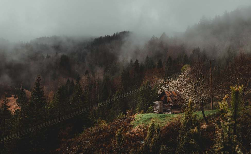 Kućica u selu Mokra Gora u jesen