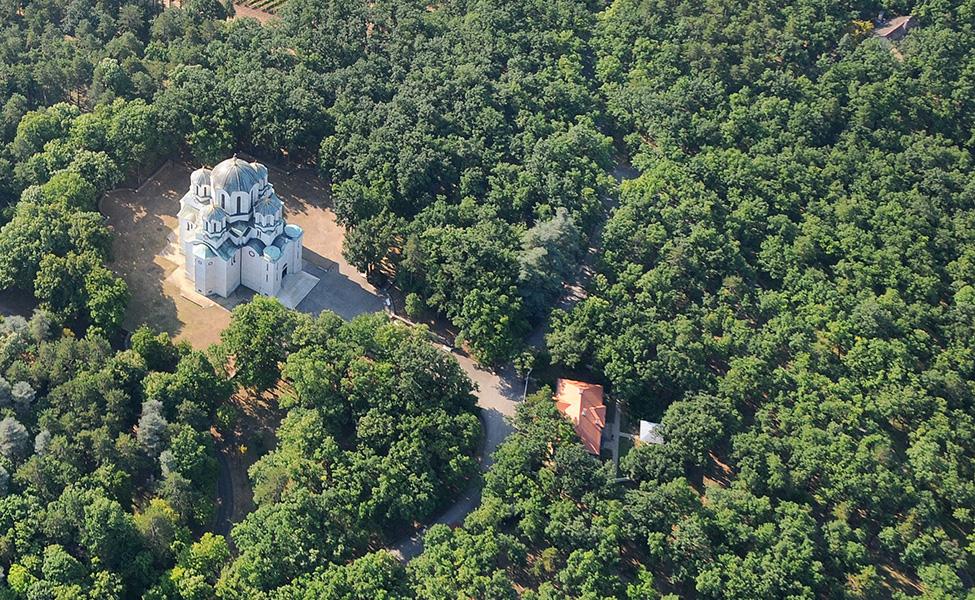 Crkva na Oplencu u šumi