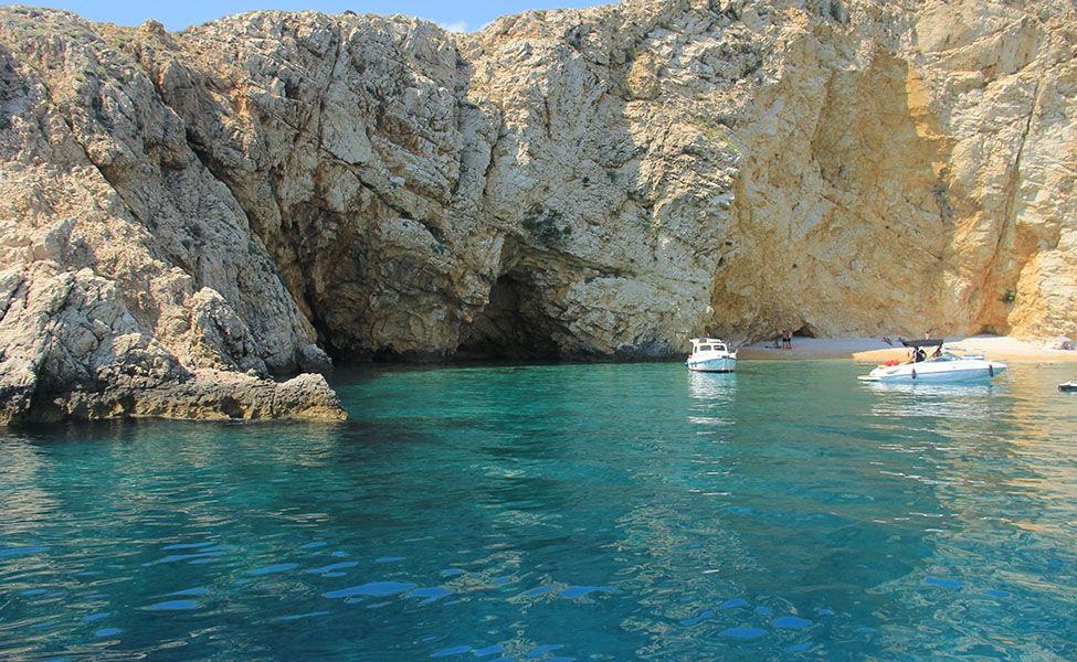 Beaches in Krk that are perfect for scuba diving