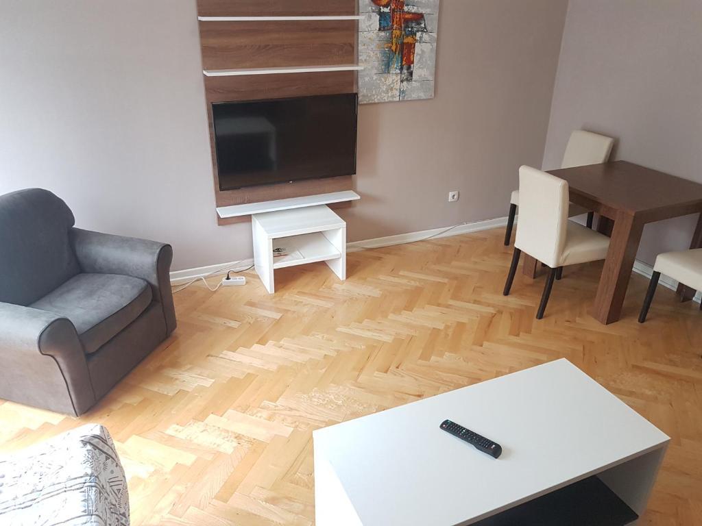 Simic apartman sa dve spavace sobe