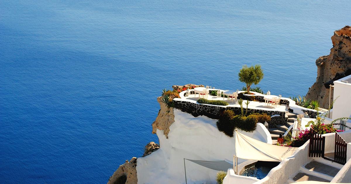 5 Reasons to Visit Greece