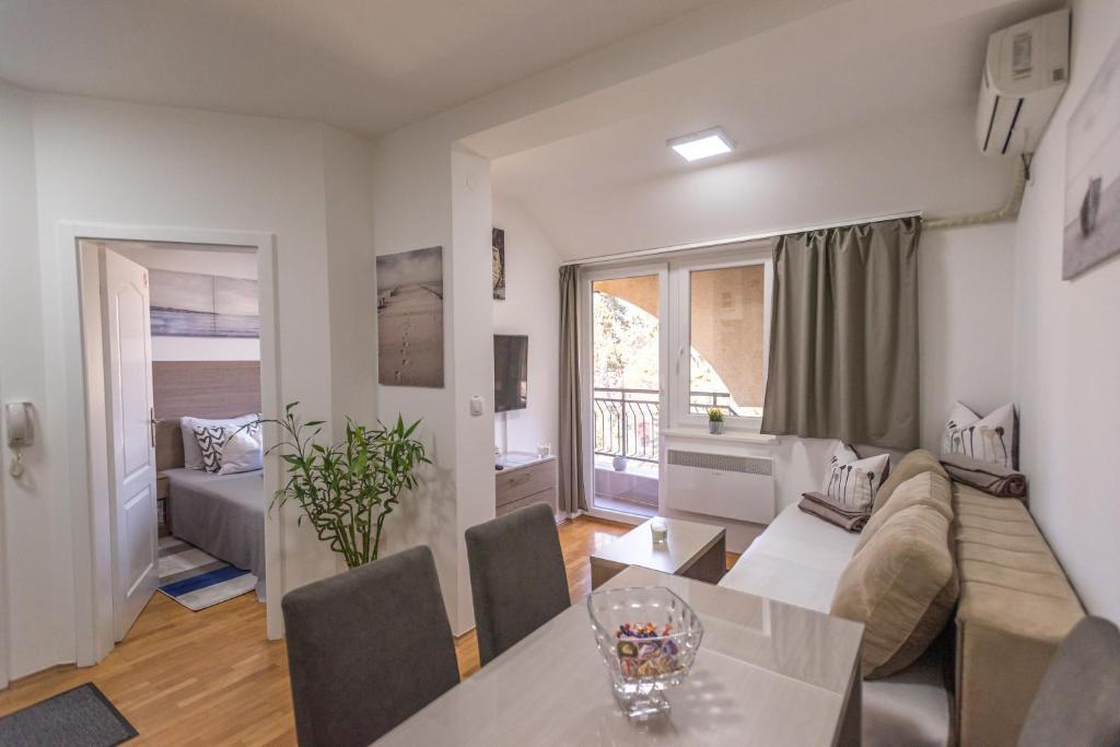 Apartman Danica 1